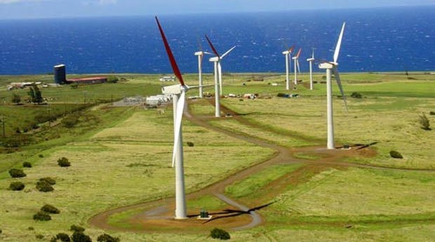 Wind Energy for Oahu: First Wind's turbines in Kahuku operational