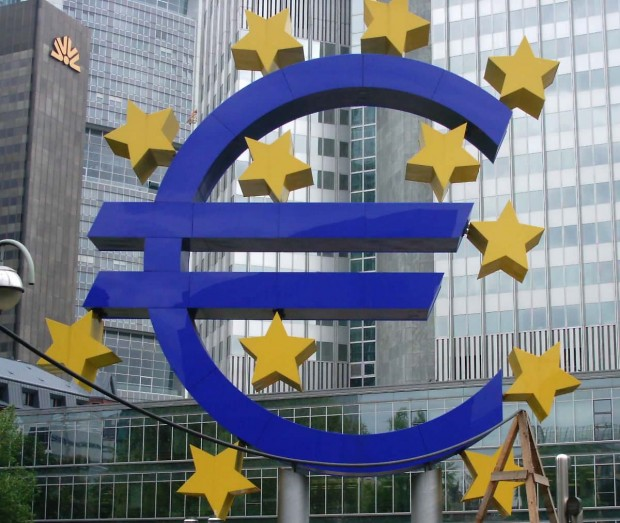 Euro, European Markets fall on fears of Greece Ditching the Euro