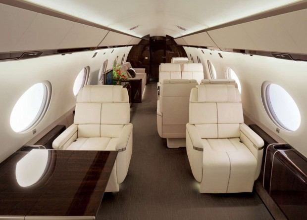 """Private Jets: The New """"Blackberry"""" for Top Execs"""