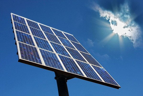 Solar Energy Industry Sees Mixed Signals in its Future