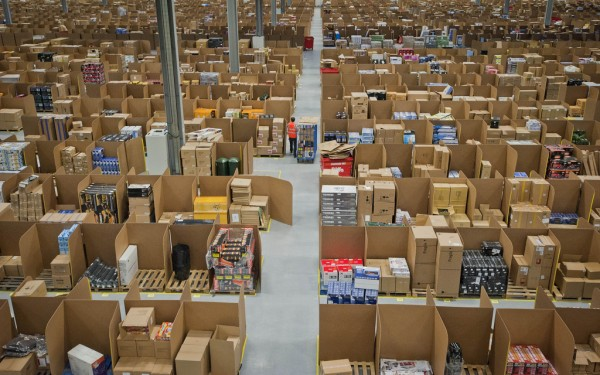 Distribution Warehouses Under Pressure for Temporary Staffing