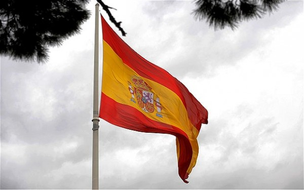 Spain Downfall Strengthens Fears on Debt Crisis