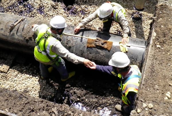 Enbridge in rush to clean its oily mess in Wisconsin
