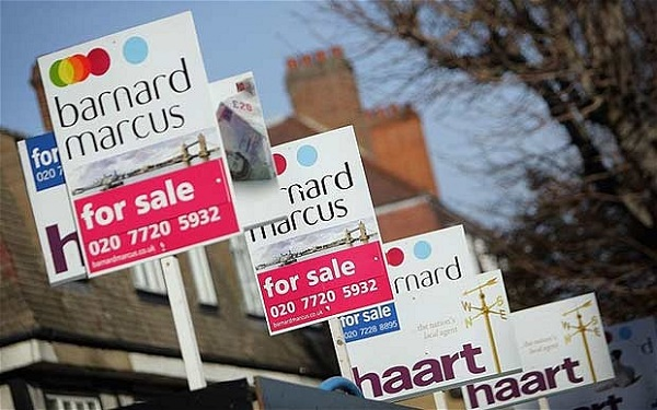 Largest Annual Fall Witnessed in Housing Prices in UK