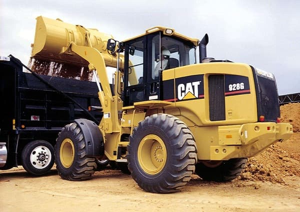 Caterpillar Inc. cut 2015 forecast due to sluggish economy