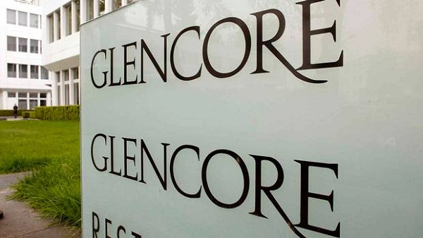 Glencore not to change Xstrata terms before vote