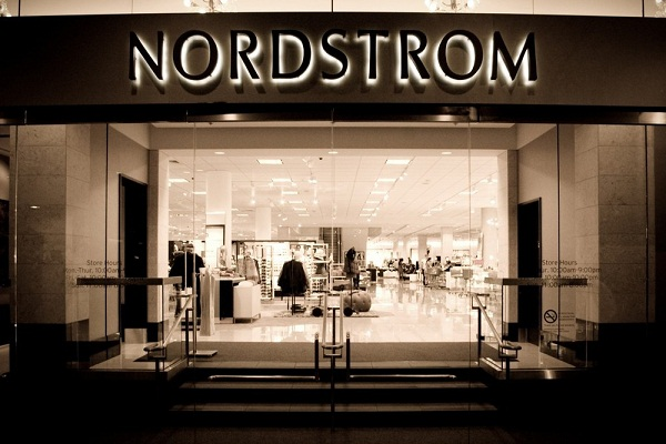 Nordstrom Inc. to open stores in Canada; its expansion begins