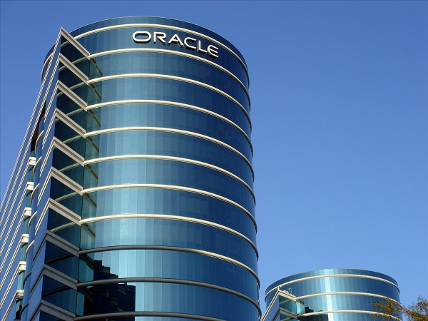 Oracle Corp. revenue drops and misses estimates