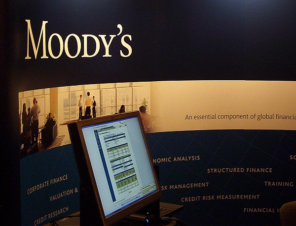 Philippines' credit ranking raised by Moody's