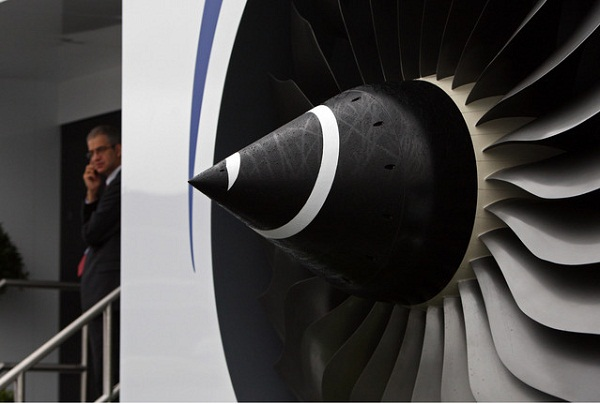 COO retires as Rolls-Royce positive on growth