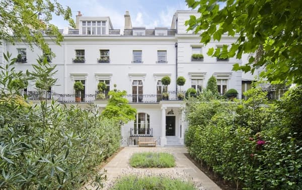 Egerton Crescent is the most expensive street in the U.K.