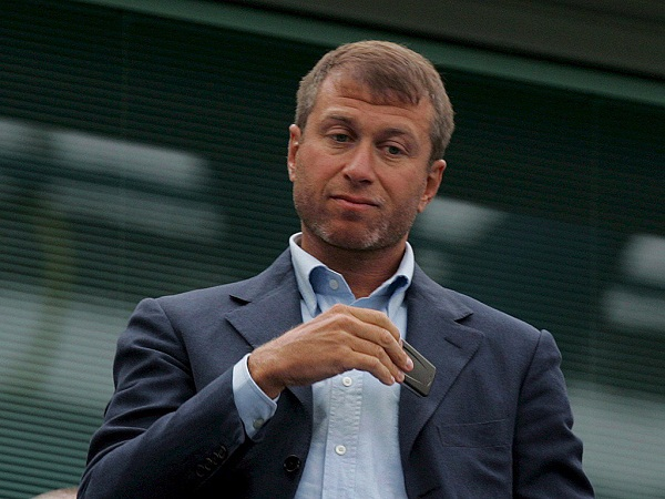 Abramovich acquires 7.3% of Norilsk to end quarrel