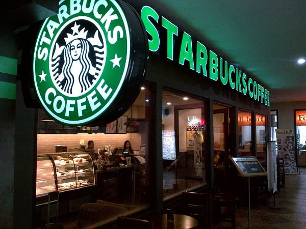 Starbucks returns to expansion plan and keeps an eye on China and US