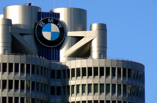 BMW outperforms Mercedes in U.S. market