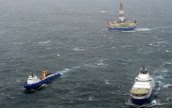Shell set to tow drilling rig
