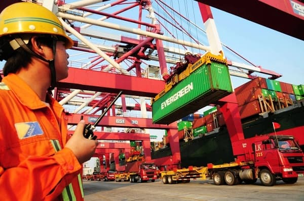 China saddens with its GDP growth of 7.7%