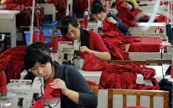 China's manufacturing PMI embitters