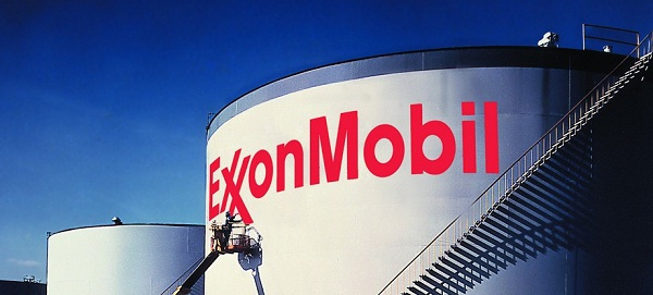 Exxon cleans up Arkansas oil spill as concerns rise
