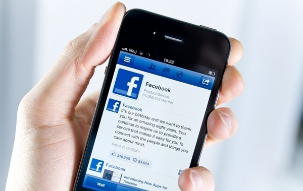Facebook to acquire navigation App Waze for $1bn?