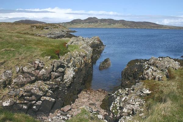 Charming Scottish island might be yours for £2.5m
