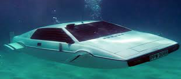 Elon Musk as James Bond, Musk plans to install Tesla Engine in 007 Lotus Esprit submarine