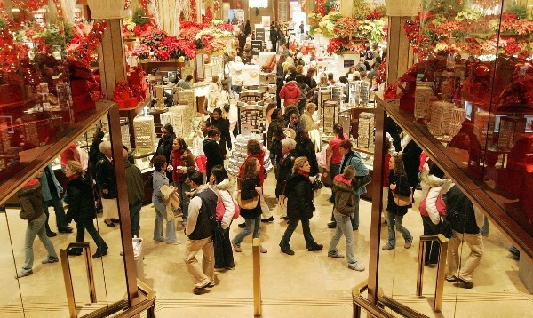 U.S. Holiday Sales Up By 3.5% Says SpendingPlus