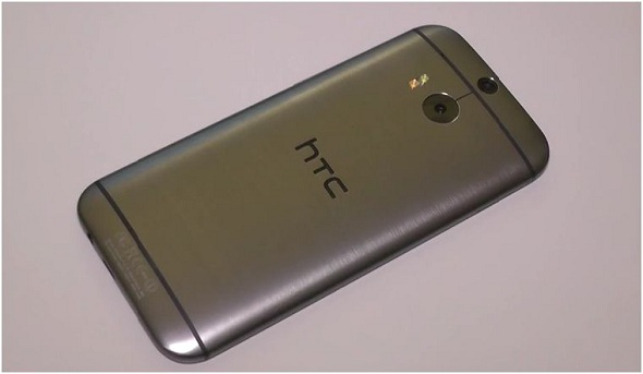 HTC to launch cheaper plastic variant of One (M8) flagship next month