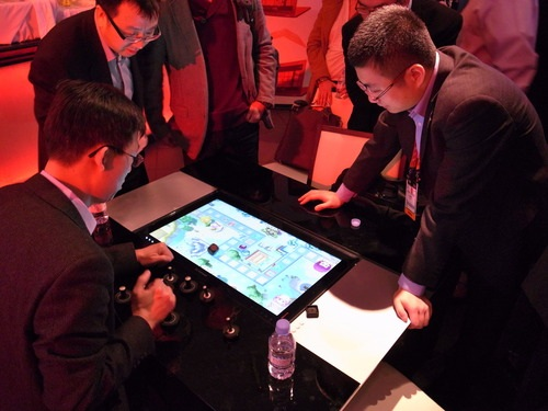 Interactive Tables at CES 2014 that support tracking of multiple tangible objects