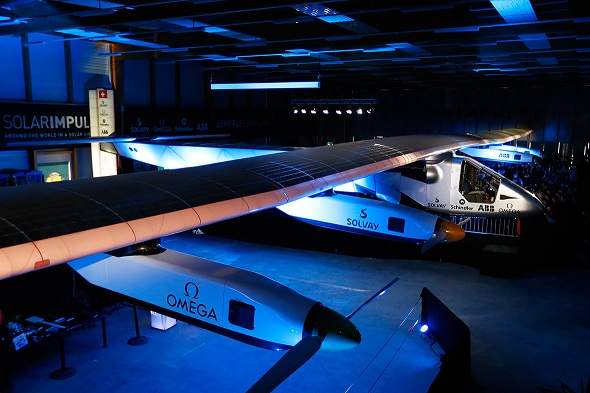Solar Impulse 2 to fly around the world fuel free in 2015