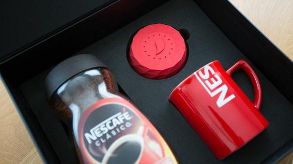 Nescafé Alarm Clock Packaging