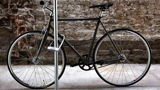 Keyless, Solar-powered Bike Lock that Alerts you When Someone Tries to Steal your Bike