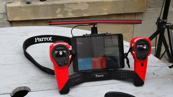 Parrot's Skycontroller Unit