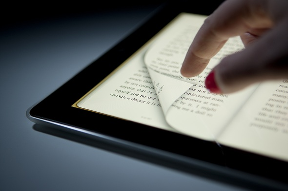 Apple agrees to pay $400 million settlement over e-book price fixing lawsuit