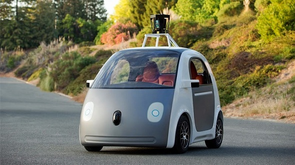 DMV Orders Google to Add Steering Wheel and Pedals for its Driverless Cars
