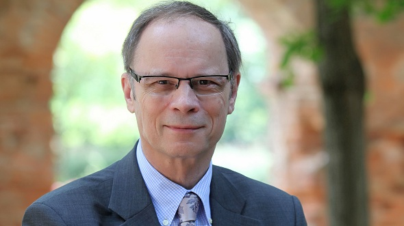 Economics Lessons from the Latest Nobel Laureate Jean Tirole