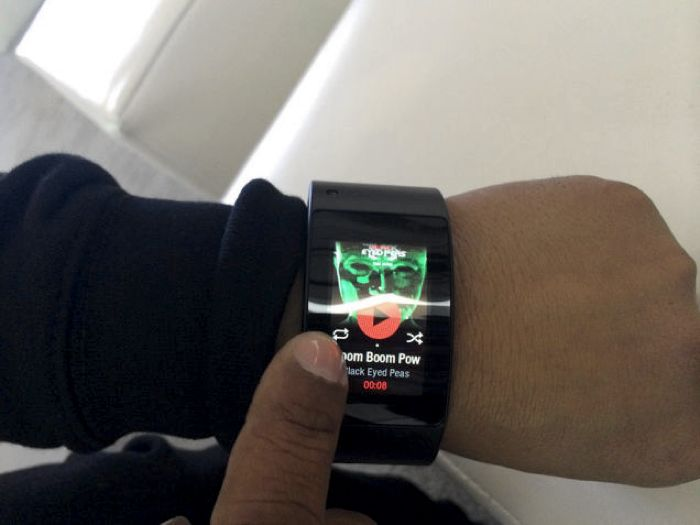 Will.i.am launches the Puls, a sensor-packed wearable fashion line