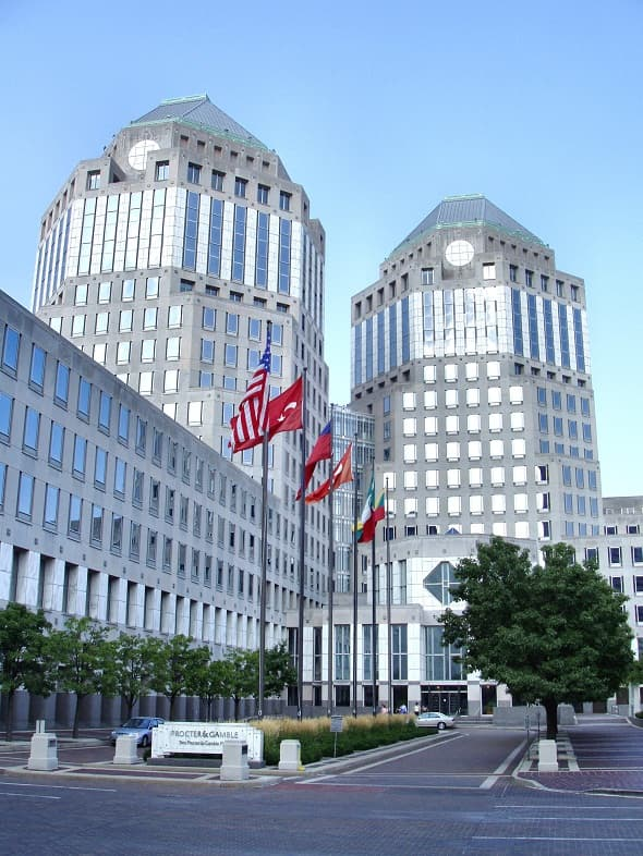 Procter & Gamble to sell 100 of their least profitable brands