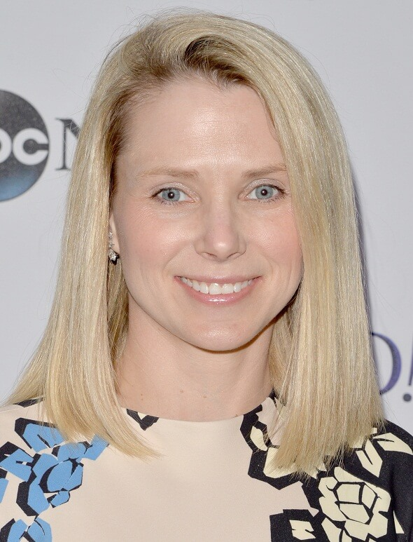 Yahoo decides to shut operations in China, lays off hundreds