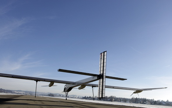 Solar Impulse pilots takes off for flight around the world