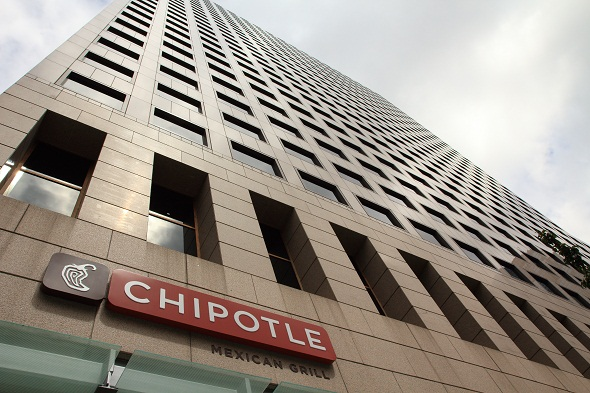 Chipotle becomes first national fast food chain to go GMO free