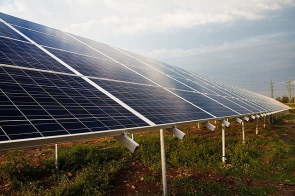 IEA and World Bank to Invest Money at Renewables