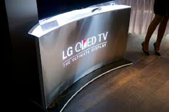 LG showcased curved and bended OLED TV, sticks to wall like a refrigerator magnet