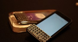 BlackBerry, Typo agree to settle lawsuit over keyboard accessories