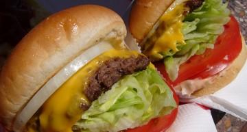 The Check and Mate between Burger King and McDonalds