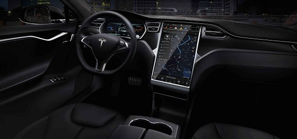 The Model S 17 inch touchscreen controls (Image graph:teslamotors.com)