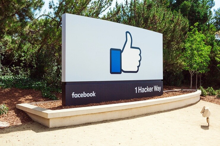 Facebook acquires
