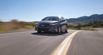 2017 Toyota Prius Prime is a surprisingly impressive plug-in hybrid