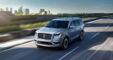 To all SUV lovers, Lincoln Navigator 2018 is all set to get your attention!