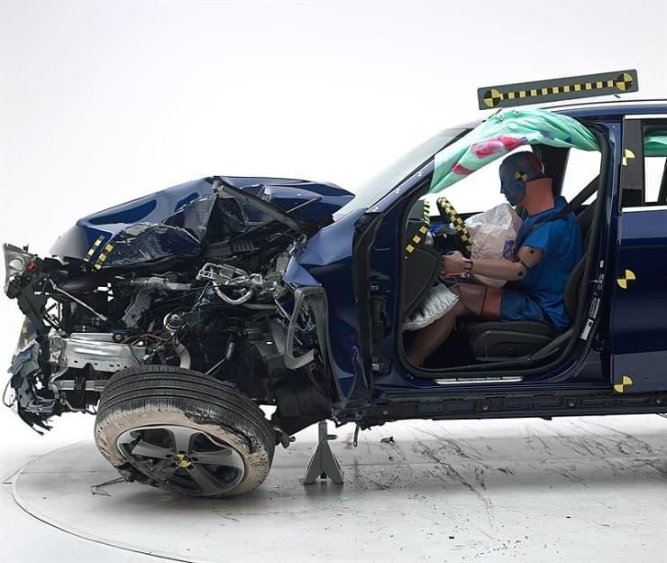 Safest-cars-of-2018-15