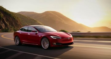 New Tesla Model S Recall Affects 123,000 Vehicles with Faulty Power Steering